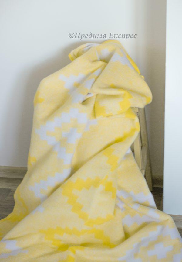 Чипровец-жълто