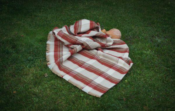Олекотено вълнено одеяло
